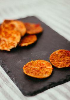 Vegaaninen pepperoni käy hyvin kruunaamaan sekaaninkin pizzan tai pastan kun makuja jäljitellään tuhdista italialaisesta keittiöstä