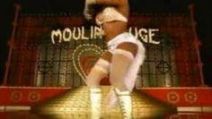 Regarder la vidéo «Christina Aguilera, Lil' Kim, Mya, Pink - Lady Marmalade» envoyée par mejicano sur Dailymotion.
