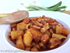 Buřtguláš recept Czech Recipes, Family Meals, Food Inspiration, Potatoes, Tasty, Vegetables, Cooking, Baking Center, Kochen