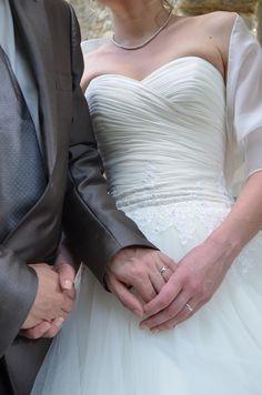 Robe de mariée modèle 2013 en 36/38 - robes mariée occasion originales pas cher - Annonces gratuites de robes de mariée pas cher et costumes...