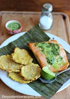 Salmon with Parsley -Cilantro Sauce