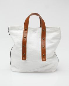 Bamboo linen shopping tote from Fabric & Handle