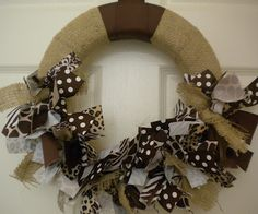 DIY burlap ribbon wreath