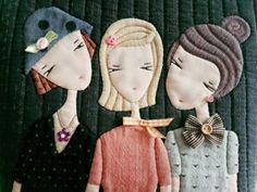 세모녀..세자매 가방 : 네이버 블로그 Wool Applique Patterns, Applique Quilts, Embroidery Applique, Quilt Patterns, Patchwork Bags, Quilted Bag, Sewing Art, Sewing Crafts, Handmade Teacher Gifts
