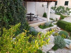 Garden apartment with stone terrace and sea view - Image 11 -  - rentals