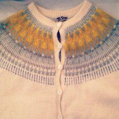 Bohus Stickning från sent 50-tal/tidigt 60-tal. Min sista i samlingen så nu blir det inte fler bilder.#latapigan #vintage #vintagefashion #retro #retrofashion #bohusknitting #bohusstickning #knitting