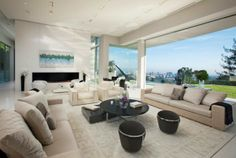 Sarbonne Road House is a Synonym of Reach and Extravagant Living in Los Angeles's Bel Air  Read more: http://www.homevselectronics.com/sarbonne-road-house-is-a-synonym-of-reach-and-extravagant-living-in-los-angeless-bel-air/#ixzz2ool8tRO6