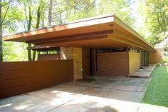 Goetsch-Winkler House by Frank Lloyd Wright / design for a Usonian concept house.
