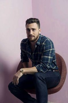 My man, Aaron Taylor Johnson Aaron Taylor Johnson, Best Mens Fashion, Men's Fashion, Fashion News, Style Brut, Outfits Hombre, Colton Haynes, Mens Clothing Styles, Bearded Men