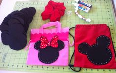 Dulceros Mickey Mouse, Minnie Mouse Party, Mouse Parties, Sofia Party, Sewing Leather, Leather Projects, Sewing For Kids, Christmas Crafts, Birthday Parties