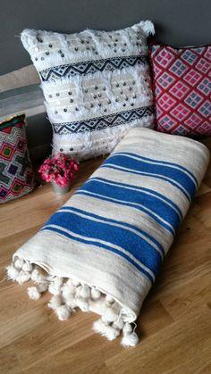 Abdeckung-Berber-Wolle - handgefertigt von VintageSoukCreations auf Etsy https://www.etsy.com/de/listing/470355390/abdeckung-berber-wolle-handgefertigt