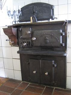 Wood Stove with cooktop & oven
