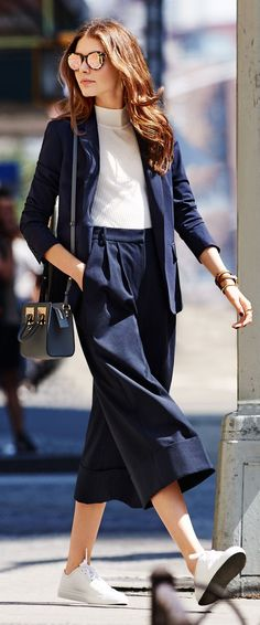 45 Stylish Fall Outfits With Cullotes fashion # fashion Summer Work Outfits, Casual Summer Outfits, Office Outfits, Summer Work Wear, Office Wear, School Outfits, Stylish Outfits, Fall Outfits, Cute Outfits