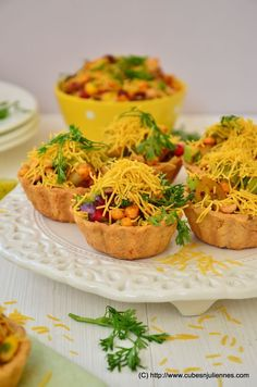 FRUITY TART CHAAT Here I go with my fusion experiment of Indian Chaat with Fruits and Tart. Once you put this in your mouth, you will be experiencing and getting lost in the gamut of flavors. Indian Appetizers, Indian Snacks, Indian Food Recipes, Appetizer Recipes, Party Appetizers, Party Food Ideas Indian, Indian Vegetarian Appetizers For Party, Party Snacks, Evening Snacks Indian