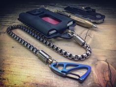 KIT Trayvax Element S.S. MOD / Edc Wallet Chain Edc Wallet, Wallet Chain, Old School, Old Things, Personalized Items, Kit, Style, Swag, Outfits