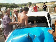 Veículo colide contra poste em Afogados da Ingazeira | S1 Notícias