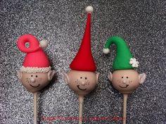 25 Days of Christmas Cake Pops – Day 15 – Christmas Elf Cake Pops!