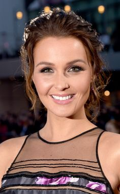 Camilla Luddington's hair game is ON POINT. This tousled updo gives the Grey's Anatomy actress the right amount of volume and edge.