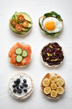 6 Ways to Ramp Up Your Rice Cake Toppings Erin& Inside Job is part of Rice cake snacks Think rice cakes are boring Think again! They& a great pre and post workout snack that can be made even be - Rice Cakes Healthy, Rice Cake Snacks, Rice Cake Recipes, Rice Cake Toppings, Bagel Toppings, Good Healthy Recipes, Healthy Foods To Eat, Healthy Snacks, Healthy Eating