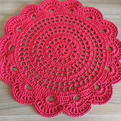 Crochet Circle Pattern, Crochet Doily Diagram, Crochet Circles, Crochet Doily Patterns, Baby Knitting Patterns, Crochet Placemats, Crochet Table Runner, Crochet Quilt, Crochet Squares