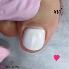 Run out of pedicure ideas? We've got you covered 😊 Gel Toe Nails, Acrylic Toe Nails, Diy Nails, Cute Nails, Pretty Nails, Gel Nail, Pedicure Nail Art, Pedicure Ideas, Manicure And Pedicure