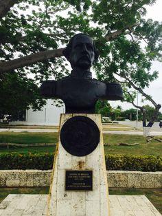 Busto al General de Brigada Juan Pablo Duarte Díez. 1813-1876. Fundador de la República Dominicana. En la Escuela Naval Almirante Padilla (ENAP) de la Armada Nacional de Colombia.