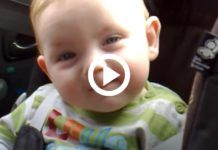 A baba alig bírja nyitva tartani a szemeit, majd elalszik, de még most is mosolyog Minion, Ale, Children, Young Children, Beer, Ale Beer, Kids, Ales, Minions