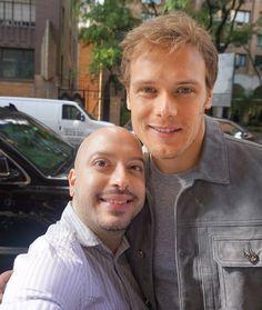 @Regrann from @casperfamouznyc -  Gorgeous @samheughan 😍💖 #samheughan #actor #outlander #sexsymbol #celebrity #celebrityselfie #selfie #selfiesaturday #newyork #newyorkcity #nyc @outlander_starz