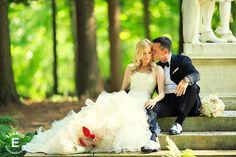 Fasig Tipton Wedding Photos | Jenni & Sean www.elariophotography.com Makeup by Kaitlin Bray  Hair by Jacqueline Nanci of Strut Spalontique