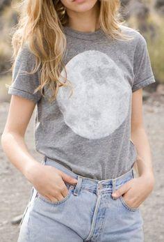 Full Moon Tee - Heather Grey