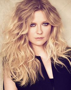 Kirsten Dunst                                               The official face of L'Oreal Professionel.     A beauty look to try out for sure, tousled hair and effortless bedroom eyes!