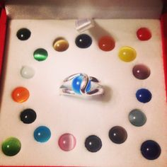 Interchangeable sterling silver rings with 20 interchangeable stones!. Www.simpleimpressionstn.com