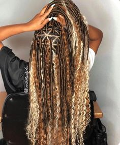 85 Box Braids Hairstyles for Black Women - Hairstyles Trends Box Braids Hairstyles, Braided Hairstyles For Black Women, My Hairstyle, African Hairstyles, Curly Braided Hairstyles, Protective Hairstyles, Pretty Hairstyles, Short Hairstyles, Braids With Curls