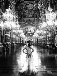 'Hollywood Revel Belle'. Kristen Stewart by Mario Testino. Vanity Fair July 2012