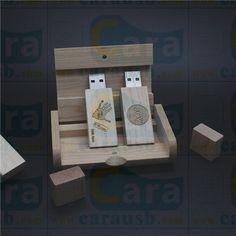 joyphotography custom 8GB wood usb flash disk maple pendrive with a wooden box-Bespoke USB Memory Sticks Factory may.yuan@carausb.com   carausb@aliyun.com