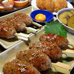 豚ひき肉のつくねです☆ by ひまわりさん in 2020 Cafe Food, Looks Yummy, Aesthetic Food, Japanese Food, Japanese Recipes, Tandoori Chicken, Chicken Wings, Cooking Recipes, Cooking Ideas