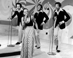 Gladys Knight & The Pips another one of my favorite Motown Groups. Do Re Mi, Hugh Masekela, Friday Music, Mahalia Jackson, Fela Kuti, Gladys Knight, Johnny Carson, James Brown, Music