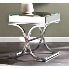 Pemberly Row Ava Mirrored End Table in Chrome (Grey)