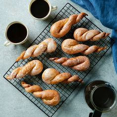 Glazed Unicorn Horns - - Not as mythical, but just as magical . Köstliche Desserts, Delicious Desserts, Dessert Recipes, Yummy Food, Healthy Food, Donut Recipes, Baking Recipes, Bread Recipes, Homemade Donuts