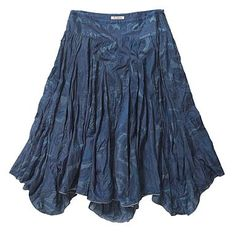 I really like the hem on this - kind of a scalloped circle or handkerchief skirt