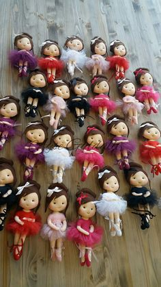 Sock Dolls, Felt Dolls, Sewing For Kids, Bun Hairstyles, Diy And Crafts, Creations, Embroidery, Rag Dolls, Ballerina