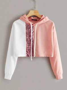 To find out about the Color block Sequin Insert Drawstring Crop Sweatshirt at SHEIN IN, part of our latestSweatshirts ready to shop online today! Teenage Outfits, Cute Girl Outfits, Cute Casual Outfits, Outfits For Teens, Stylish Outfits, Women's Casual, Crop Top Jacket, Crop Top Hoodie, Girls Fashion Clothes