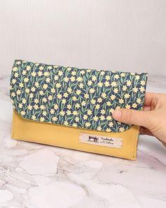 Sewing Basics, Sewing Hacks, Sewing Tutorials, Diy Bags Patterns, Purse Patterns, Diy Handbag, Diy Purse, Diy Bag Designs, Diy Bags Purses