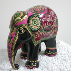Saree Elephant, painted as a gift for my husband Asian Elephant, Elephant Love, Elephant Art, Elefante Hindu, Elephant Parade, Bottle Art, Large Art, Painting On Wood, Unique Art