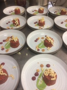 Beef Tatar Restaurant Lounge, Mexican, Beef, Plates, Tableware, Ethnic Recipes, Food, Licence Plates, Plate