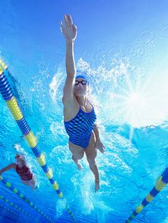 """Get in the Water: """"It's gentle, yet still a great cardiovascular exercise."""" #newmomsworkout"""
