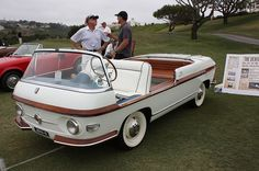 1958 Fiat 600 Multipla Marina by Pininfarina Fiat 600, Weird Cars, Cool Cars, Van 4x4, Beach Cars, American Graffiti, Old Boats, Engin, Cabriolet