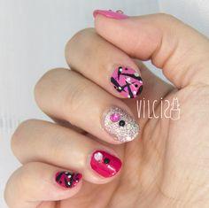 PINK & PINK easy nail design. Diseño de uñas fácil PINK & PINK. By Vilcis