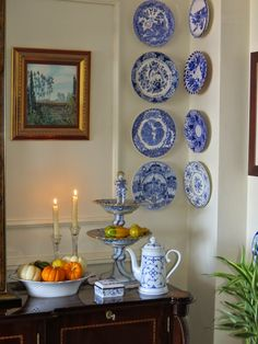 🌟Tante S!fr@ loves this📌🌟Anything Blue Friday - Week 70 - The Dedicated House White Dishes, White Plates, Blue Plates, Plate Wall Decor, Plates On Wall, Blue Friday, Hanging Plates, Blue And White China, Blue China