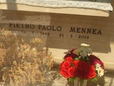 Pietro Paolo Mennea Singer, Actors, Famous Graves, Rome, Celebrity, Singers, Actor